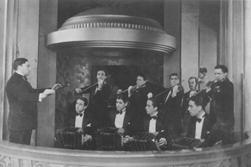 Nota de Tapa: Grandes Directores de Orquesta de Ayer, de Hoy y de Siempre: Roberto Firpo