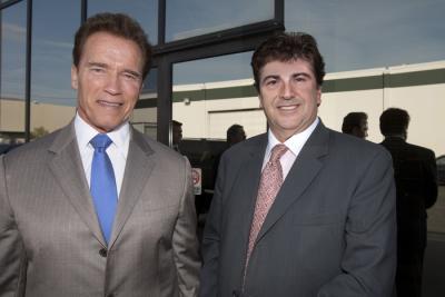Jorge Rabaso y Arnold Schwarzenegger