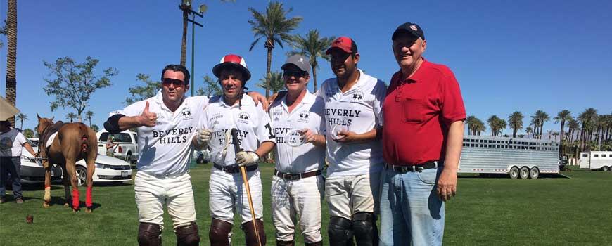Los Cuatro Fantásticos junto a Rodney Fragodt, dueño de CPC